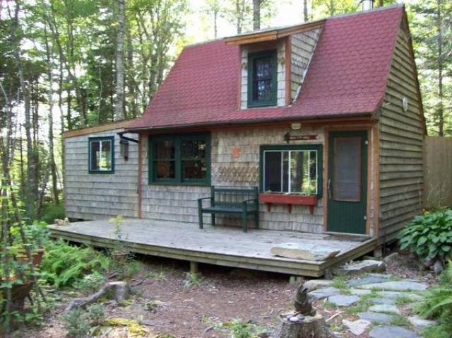 Middle cornwall nova scotia b0j2e0 listing 18946 green for Tiny homes for sale canada