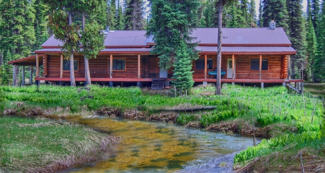 Homes With Natural Hot Springs For Sale