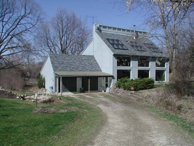 Green Homes for Sale - Kingston, Illinois Green Home