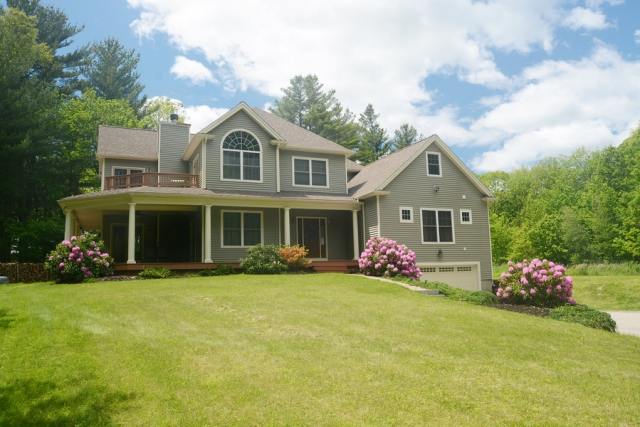 Sturbridge massachusetts 01566 listing 20278 green for Houses for sale with inlaw apartments