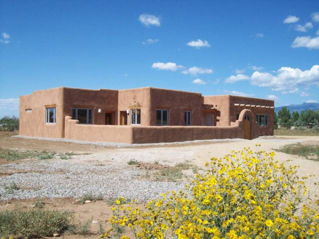Taos new mexico 87571 listing 18839 green homes for sale for Home builders new mexico