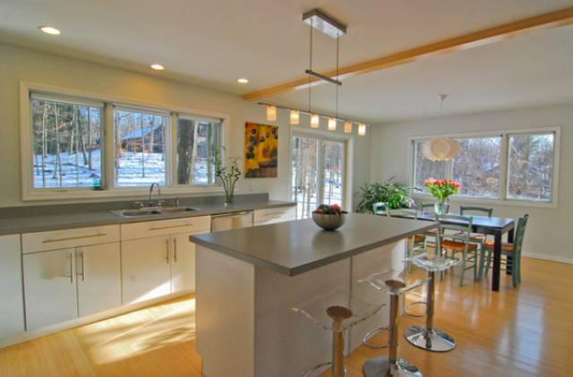 New paltz new york 12561 listing 18993 green homes for for Modern homes new york