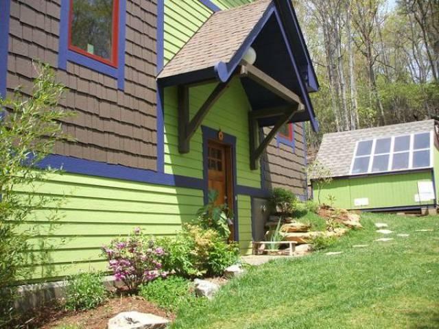 Asheville, North Carolina 28704 Listing #18390 — Green ...