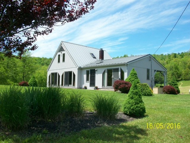 Philippi West Virginia 26416 8033 Listing 20097 Green Homes For Sale